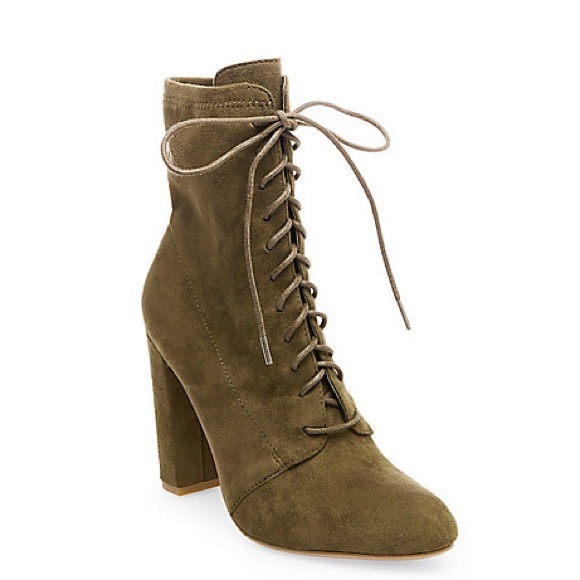 7a2ef5c35c1 Steve Madden Olive green suede lace up booties NWT
